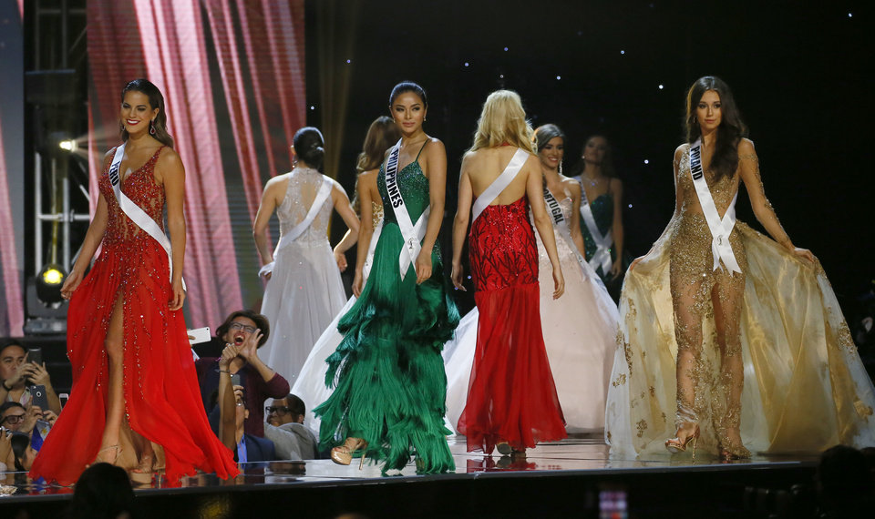 Gown competition Miss Universe 2017 Pageant Night