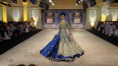 Bhumi Pednekar Walks For Reynu Taandon | India Couture Week 2017
