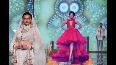 Sonam Kapoor Walks For Abu Jani & Sandeep Khosla | Shaadi Marriott 2017