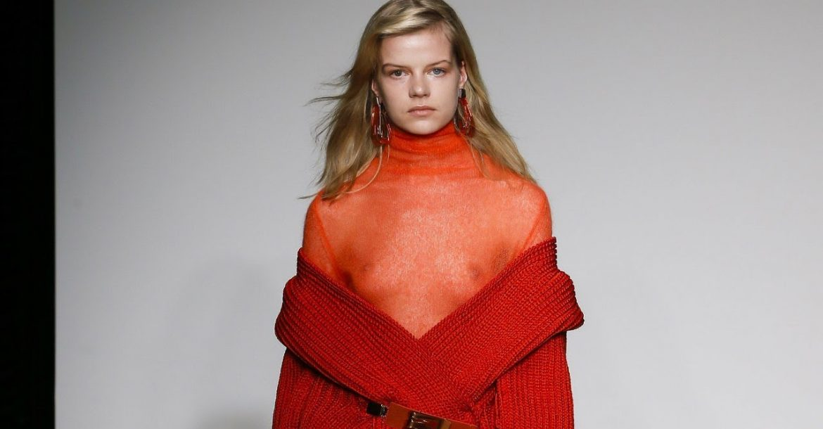 Krizia | Fall/Winter 2018/19 | MFW